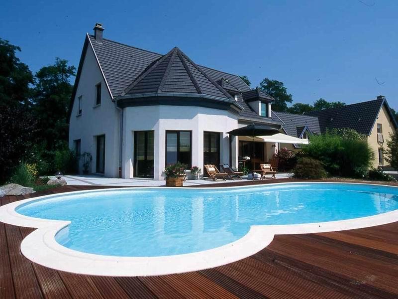 Budowa i rodzaje basen w jedyny w for Amenajari piscine exterioare